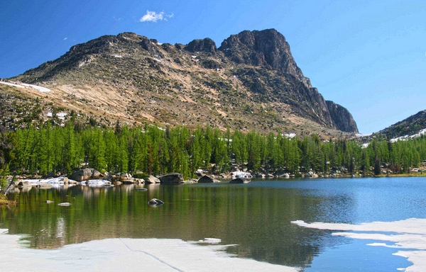 Cathedral Peak and Amphitheater Mountain, Pasayten Wilderness