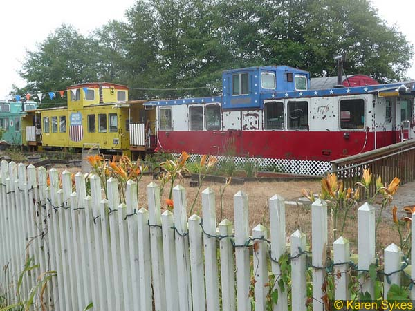 old_railroad_cars