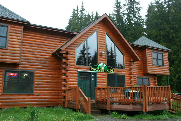Paca Pride's visitor center and main lodge.
