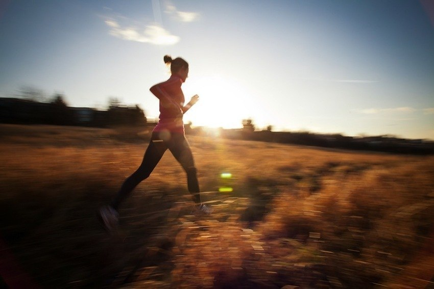 WomanRunningInDaylight900-850x567