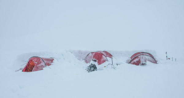 Bombproof u2013 Hilleberg tents on Mount Baker ready for extreme conditions u2013 photo by Alasdair Turner Photography  sc 1 st  Seattle Backpackers Magazine & Petra Hilleberg - The Quintessential Northwest Executive and Maker ...
